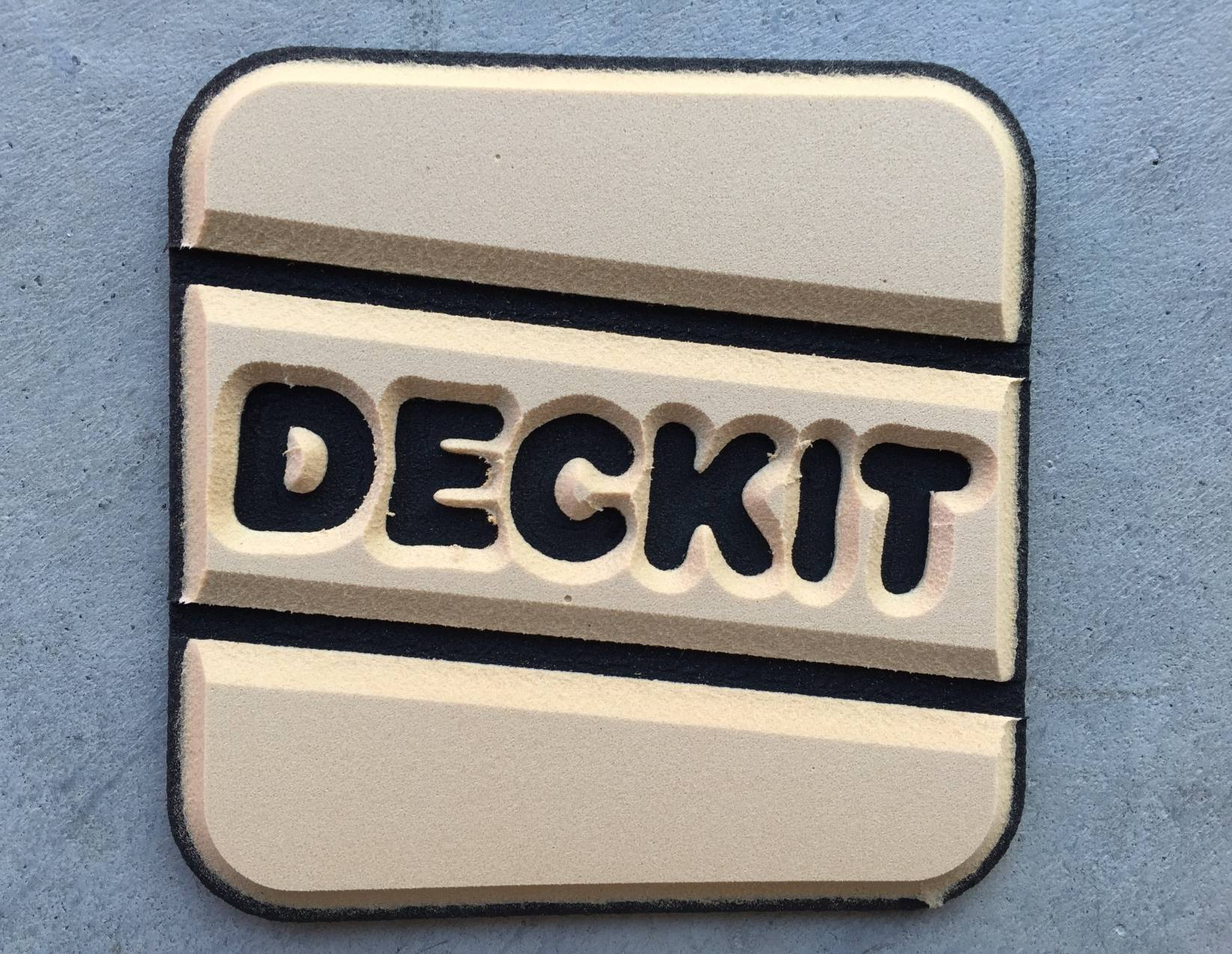 DECKIT-faux teak 6mm (4,5mm+1,5mm), two-coloured in caramell (33) and black (11)